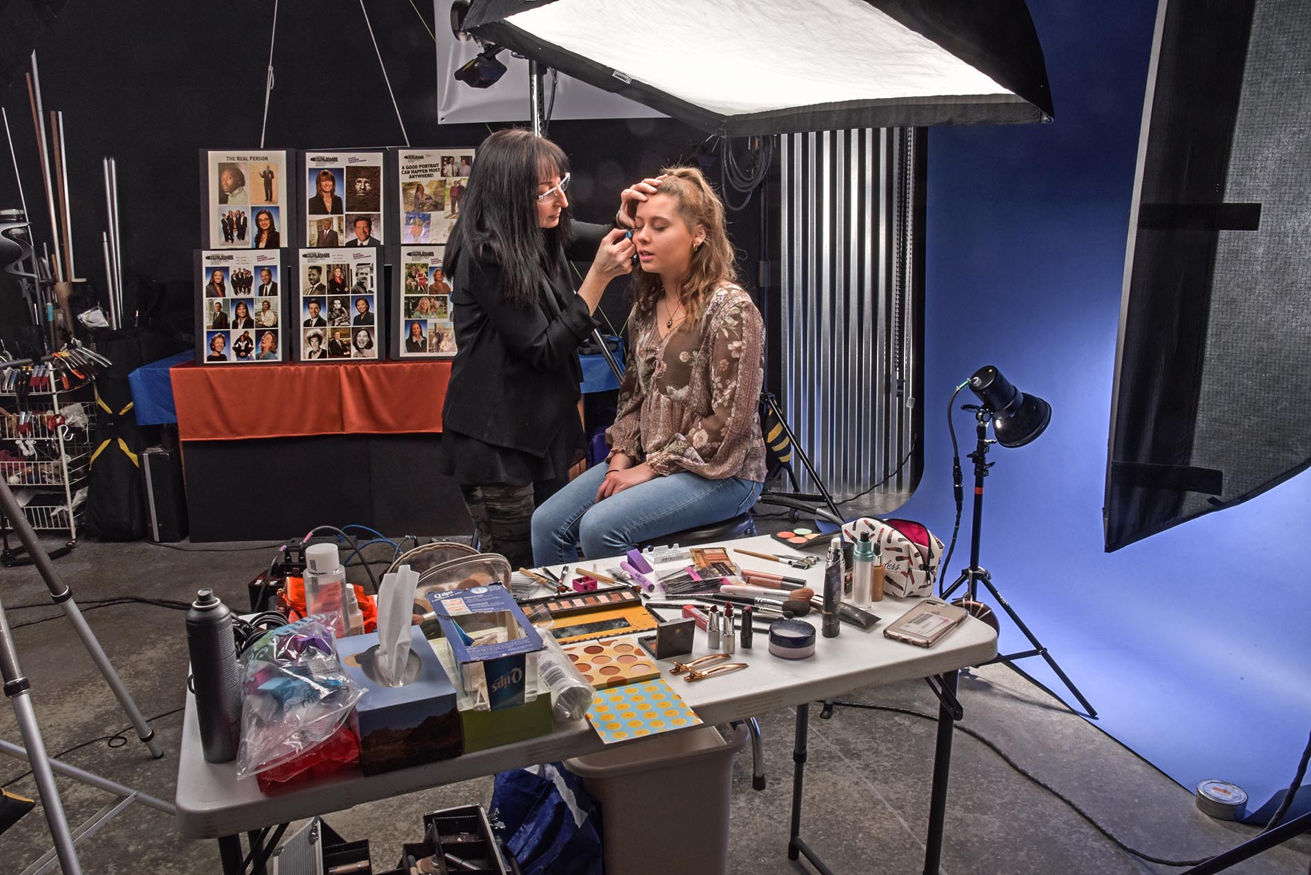 Behind the scenes makeup session in studio with Jacquelyn and Ariana